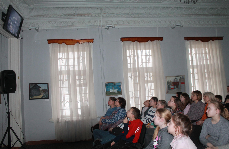 Выставка Людмилы Киселевой